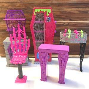 Monster High 5 Pc Doll Accessories Furniture Lot